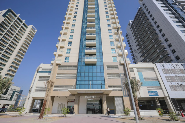 Bright and Huge 1 B/R Apt. for sale in Mayfair Residency